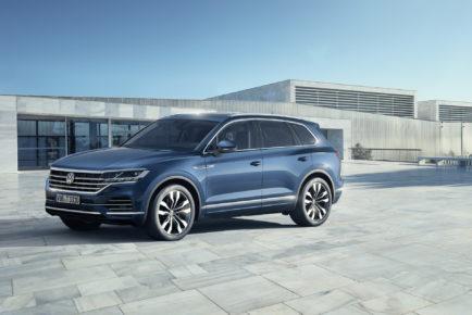 2019-VW-Touareg-13-1