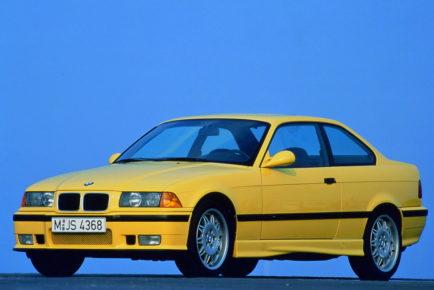 """BMW M3, 1992: 282 """"konj""""."""