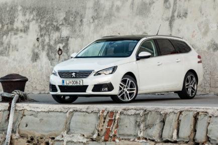 Peugeot_308_SW_16_BlueHDi_120_001