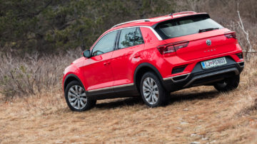 Volkswagen_T-Roc_15_TSI_Sport_37