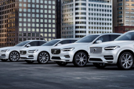 2018-volvo-s90-v90-xc60-and-xc90-t8-twin-engine_100652146_l