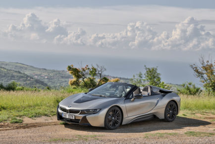 BMW i8 Roadster in M5 (21)