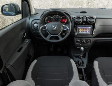 Dacia_Lodgy_15_dCi_110_Premium_08