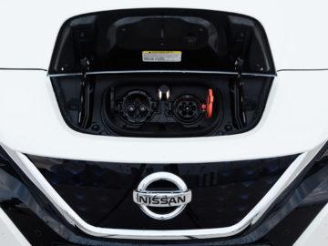Nissan_Leaf_40kWh_Tekna_21
