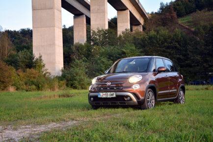 FIAT 500L CROSS 01