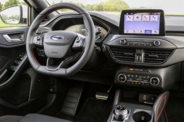Ford Focus 2018 (6)