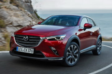 02_2018_MAZDA_CX-3_ACTION_FRONTc