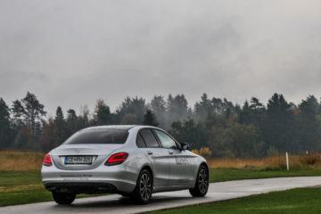 Mercedes-Benz razred C (25)