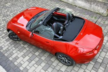 Mazda je kot v posmeh zahodnemu kapitalizmu. Morda ji uspeva ravno zato, ker je japonska.