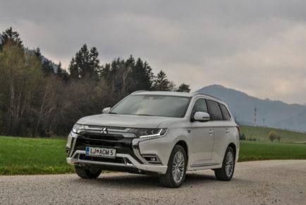 Mitsubishi Outlander PHEV (3)