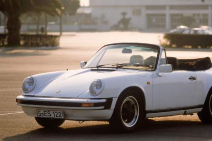 Porsche_911_generations_8