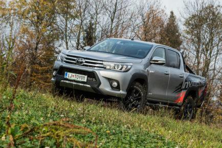 Toyota_Hilux_24_D4D_Exe_Invinc_001