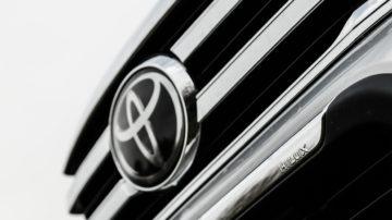 Toyota_Hilux_24_D4D_Exe_Invinc_25