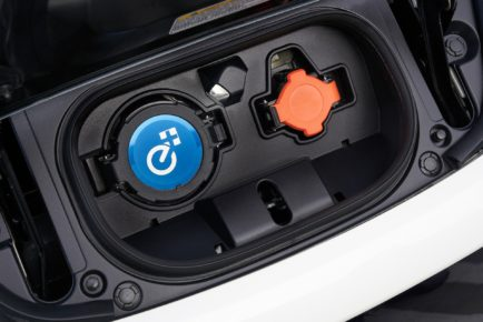 0c339453-nissan-leaf-e-2