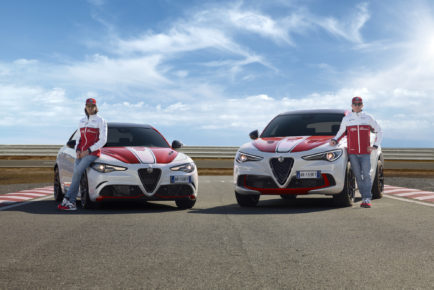Alfa-Romeo_Tributo-Piloti_HP