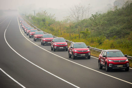 largest-parade-of-autonomous-cars_tcm25-554706