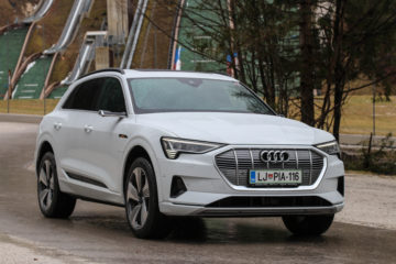 Audi e-tron (18)