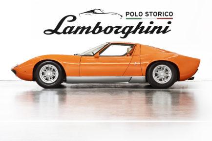 Lamborghini_Miura_P400_1