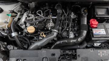 Renault_Captur_13_TCe_150_EDC_15