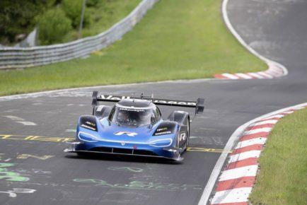 vw-id_r-nürburgring-lap-record-4
