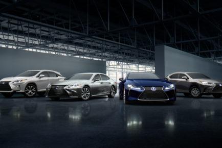 Lexus_hybrid-pod-still