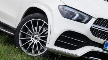 Mercedes-Benz_GLE_300d_4Matic_07