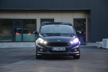 FORD S-MAX 05