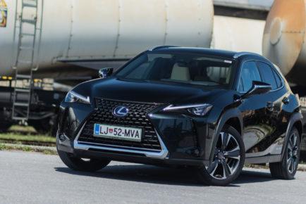 Lexus_UX_250h_Luxury_001