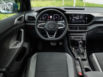 Volkswagen_T-Cross_10TSI115DSG_06