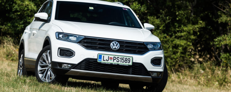 Volkswagen_T-Roc_20TDI_150_DSG_001