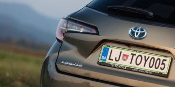 Toyota_Corolla_TS_20_Hybrid_Executive_06