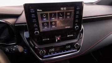 Toyota_Corolla_TS_20_Hybrid_Executive_11