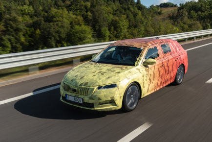 191029_SKODA_OCTAVIA_Covered_Drive-1