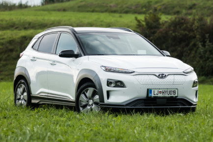 Hyundai_Kona_Electric_64kW_Impression_001
