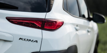 Hyundai_Kona_Electric_64kW_Impression_26