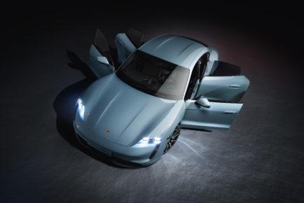 Porsche_Taycan_4S_4