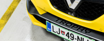Renault_Megane_RS_300_Trophy_06