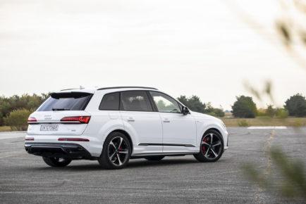 2020-Audi-Q7-TFSIe-35