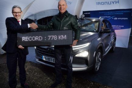 Record 778 km de Bertrand Piccard.Ici avec Jean Nelson