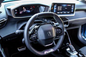 Peugeot 208 (17)