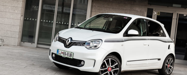 Renault_Twingo_TCe_95_EDC_Intens_001