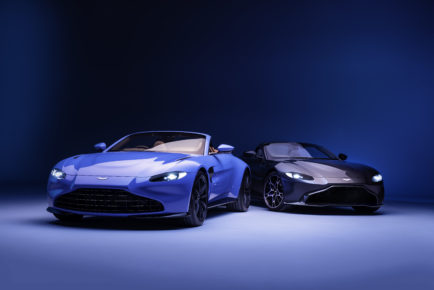 Aston_Martin_Vantage-roadster_11