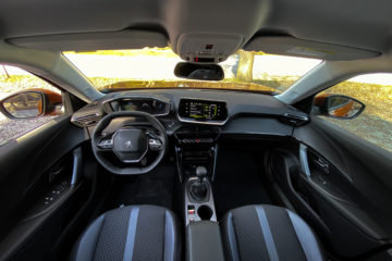 Peugeot 2008 2020 (1)