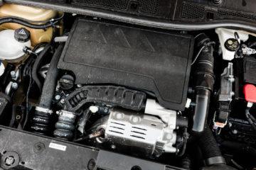Peugeot_208_12_Puretech_100_31
