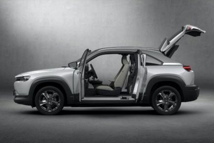 2021-Mazda-MX-30-Euro-spec-9