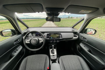 Honda Jazz hibrid 2020 (16)