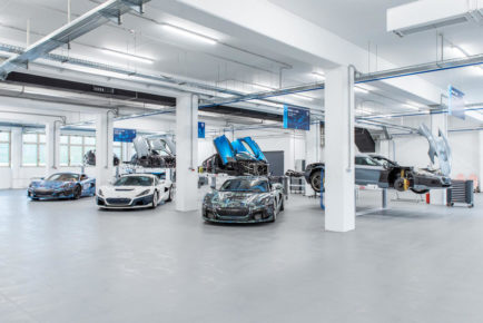 rimac_c_two_prototype_assembly_line_8