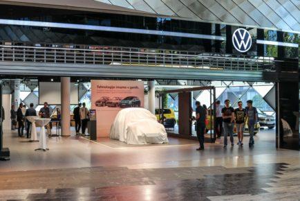 Volkswagen ID Hub Aleja 2020 (1)