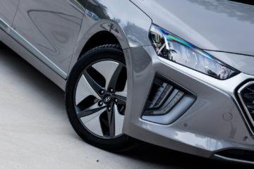 Hyundai_Ioniq_Hybrid_Premium_03