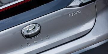 Hyundai_Ioniq_Hybrid_Premium_05